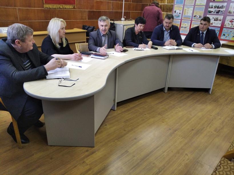 Правила безопасности обсудили со старостами и председателями СНТ